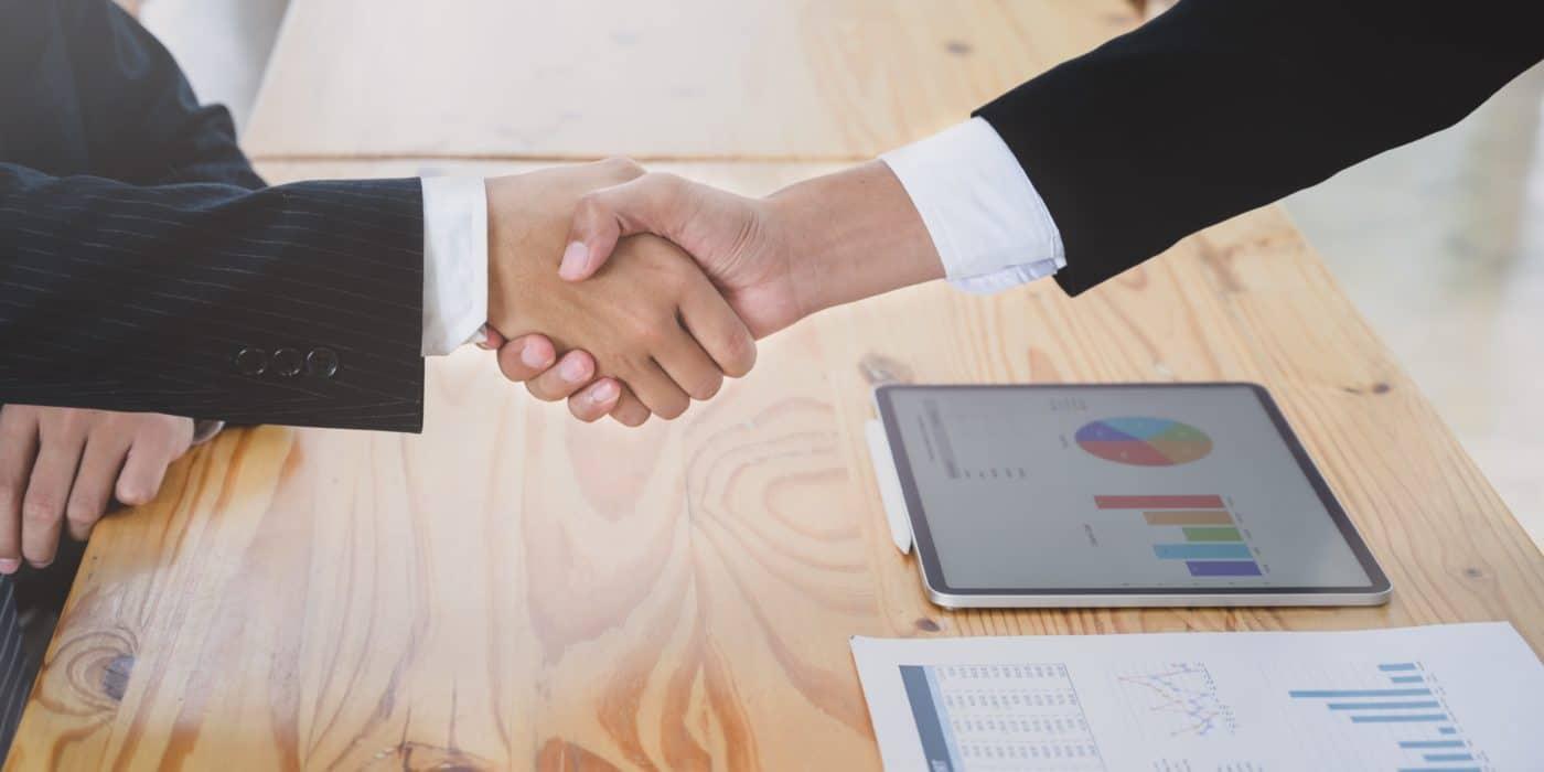 construction maison neuve : assurances et contrats